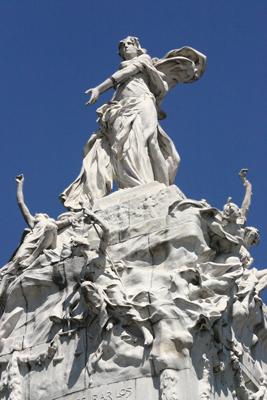 Buenos Aires, Art Nouveau, Monumento de los Españoles