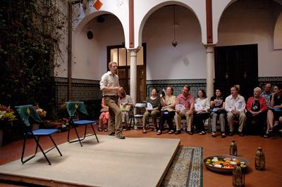 Robert Wright, explaining flamenco in Sevilla
