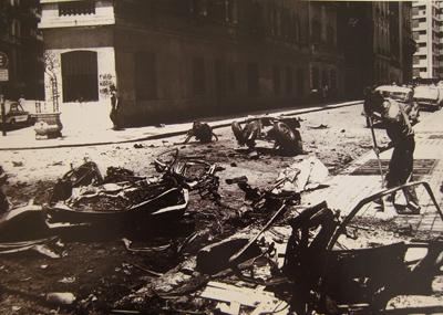 Archivo Clarín, Ismael Gómez, 02 Dec 1977, Recoleta, bomb
