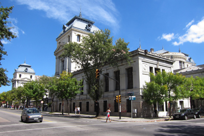 Uruguay, Montevideo, Avenida General Flores, Facultad de Medicina