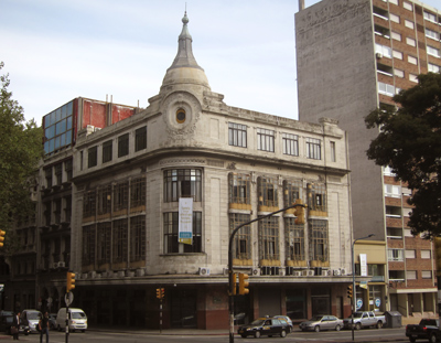 Uruguay, Montevideo, Avenida Lavalleja, Tiendas Introzzi