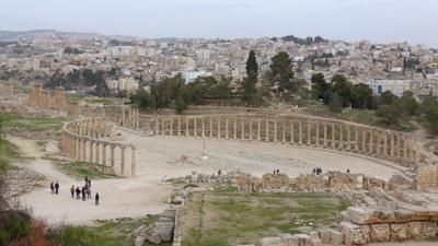 Jordan, Jerash, Roman ruins, oval Forum