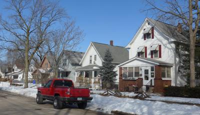 USA, Iowa, Cedar Rapids, houses