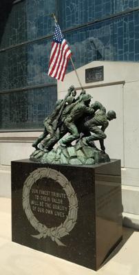 USA, Iowa, Cedar Rapids, Veteran's Memorial