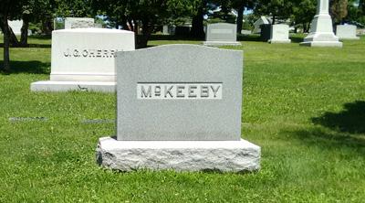 USA, Iowa, Cedar Rapids, Oak Hill Cemetery, McKeeby